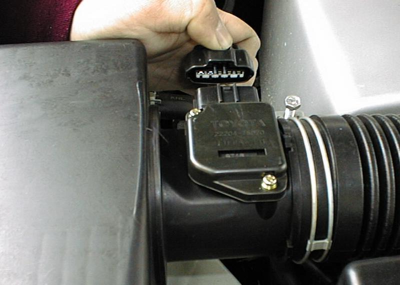 ランクル100(2UZ)用エアクリーナー センサーも簡単付け替え